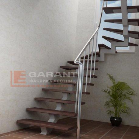 лестница п-образная на монокосоуре