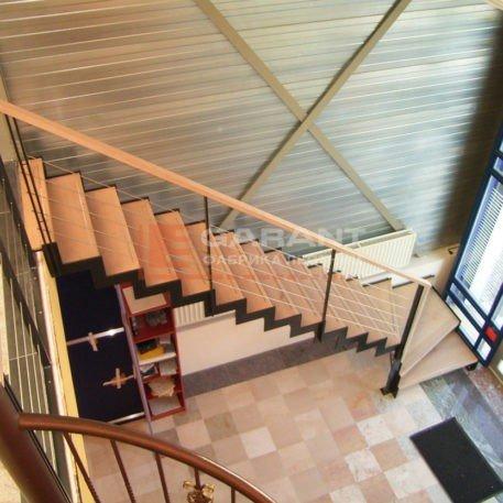 лестница г-образная на двойном косоуре
