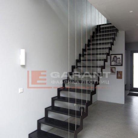 лестница прямая на двойном косоуре